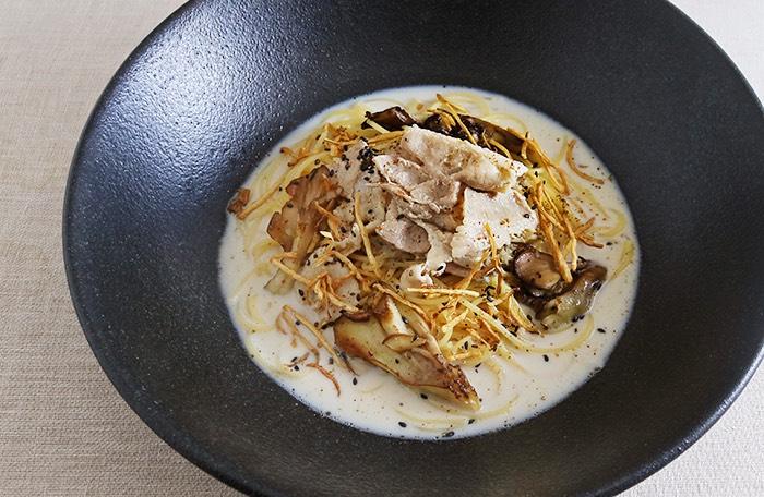 豚肉と舞茸の京ごぼう豆乳クリーム
