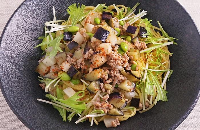 蕪と茄子の塩麴だしペペロンチーノ