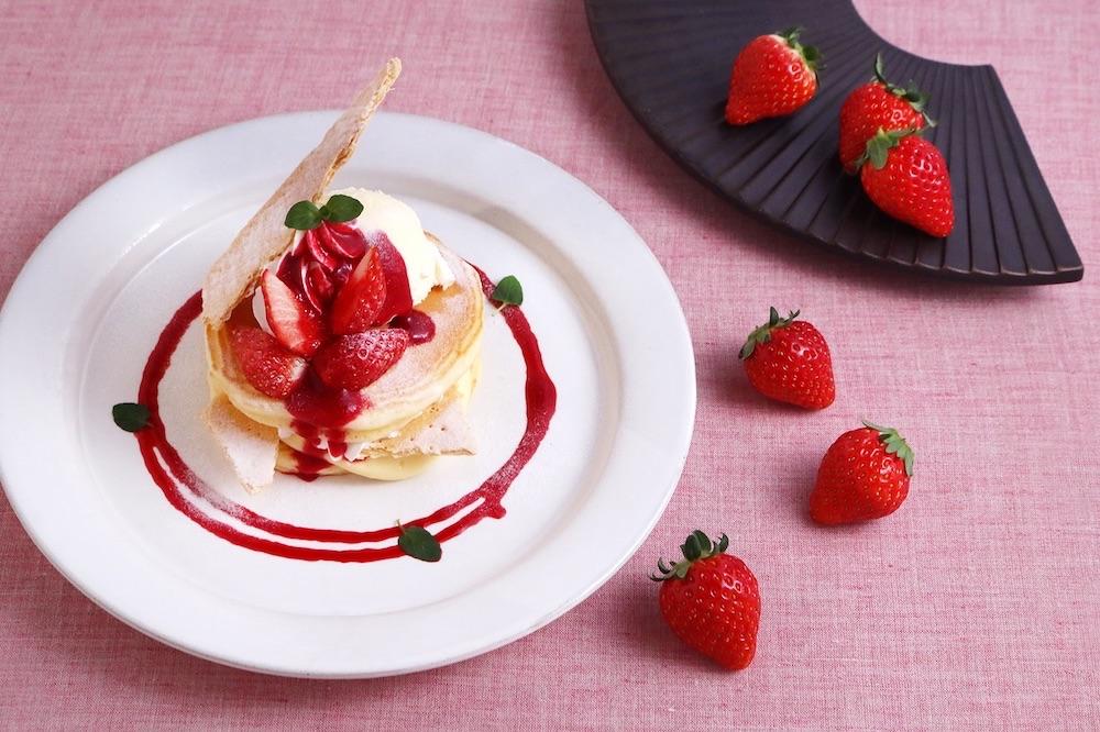 苺とカスタードクリームのぱんけーき~ミルフィーユ仕立て~