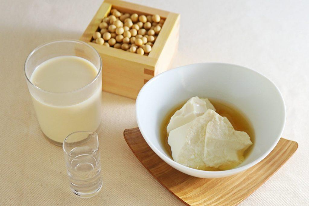 八雲のこく濃豆乳を使った、こななの自家製豆腐